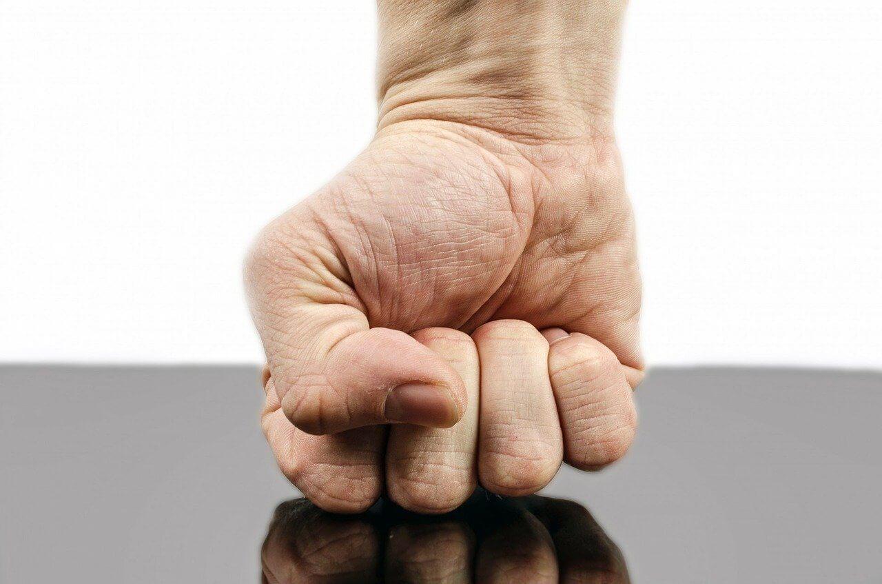 Agresja, złość – przyczyny, radzenie sobie, zapobieganie